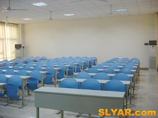 丽泽楼小教室