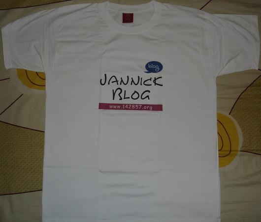 订做的博客T-shirt到了