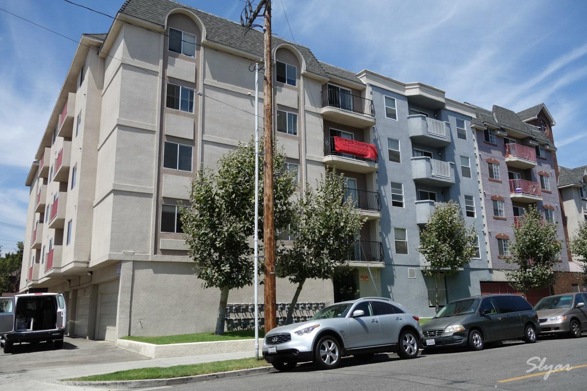 第一次步行从USC 6号门走路至City Park公寓及USC周边